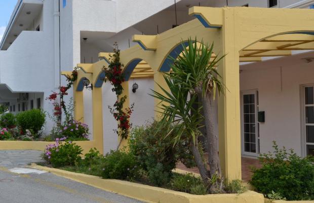 фото отеля Karavos Apartments изображение №33