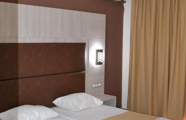 фотографии отеля Karavos Apartments изображение №11