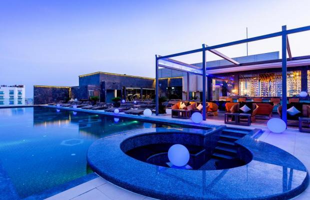 фото отеля Centara Grand Phratamnak Pattaya изображение №25
