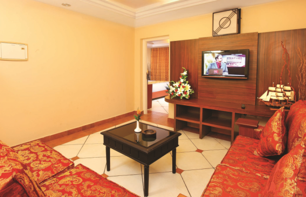 фото Emarald Hotel Cochin (ex. Pride Biznotel Emarald) изображение №2