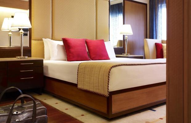 фото отеля Vivanta by Taj President изображение №49