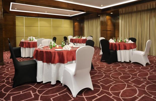 фотографии отеля Four Points by Sheraton Ahmedabad (ex. Royal Orchid Central) изображение №3