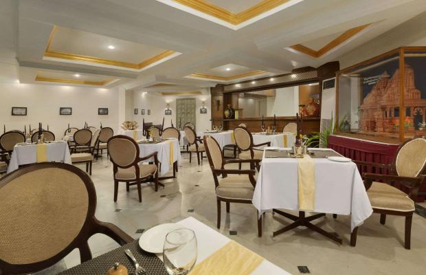 фото Ramada Khajuraho (ех. Holiday Inn Khajuraho) изображение №10