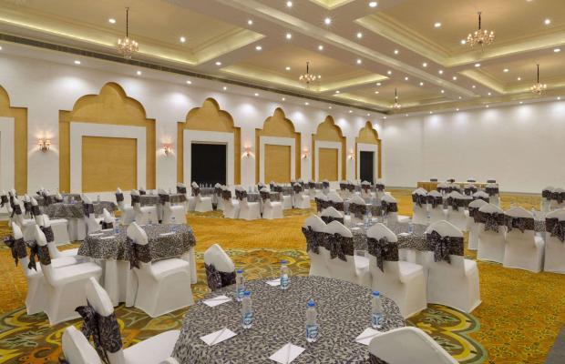 фото отеля Ramada Khajuraho (ех. Holiday Inn Khajuraho) изображение №9