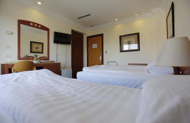 фото Ambassador Hotel изображение №14
