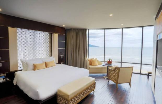 фотографии отеля Holiday Beach Da Nang Hotel & Resort изображение №79