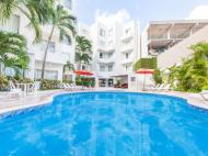 Ramada Cancun City, 3*