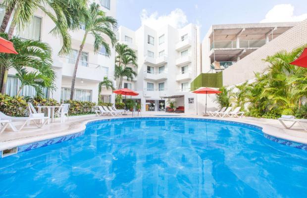 фото отеля Ramada Cancun City изображение №1