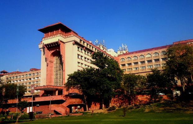 фото отеля Ashok изображение №1