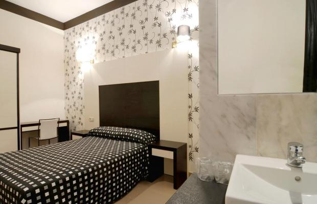 фотографии отеля Hostal Alhambra изображение №23