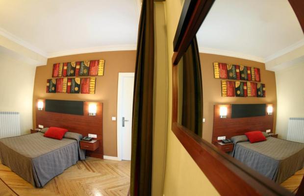 фотографии отеля Hostal Cervelo изображение №7