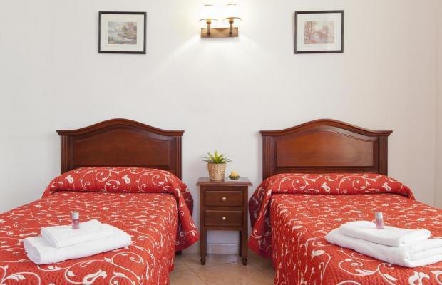 фотографии отеля Hostal Condestable изображение №11