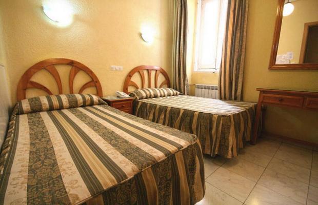 фотографии отеля Hostal la Perla Asturiana изображение №19