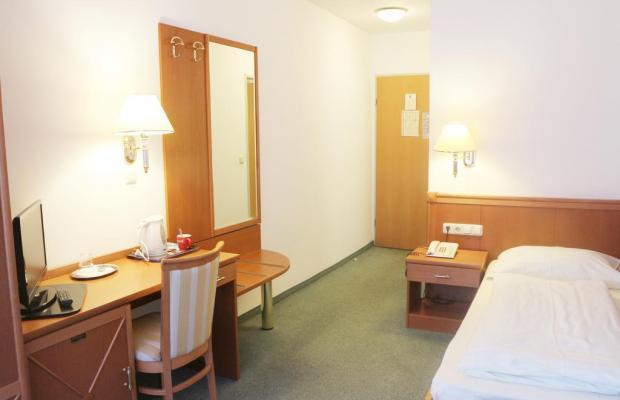 фото отеля Hotel Pension Arian изображение №13