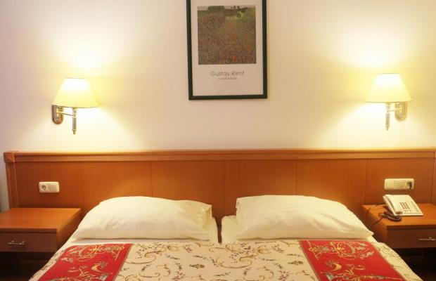 фото отеля Hotel Pension Arian изображение №5