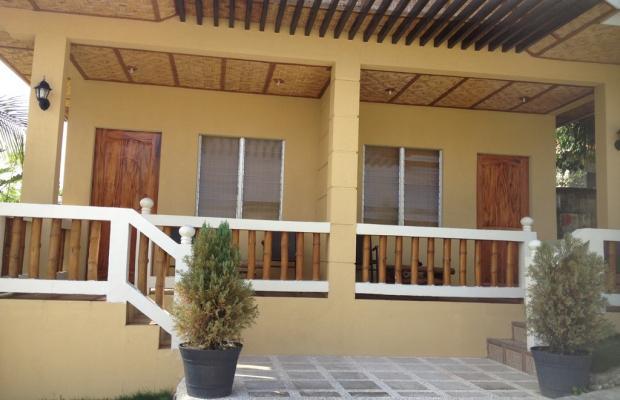 фотографии отеля Moalboal Beach Resort изображение №3