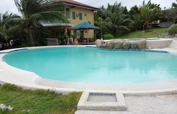 фото отеля Moalboal Beach Resort изображение №1