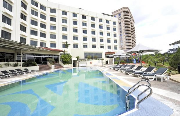 фото отеля Grand Margherita Hotel (ex. Holiday Inn Kuching) изображение №1