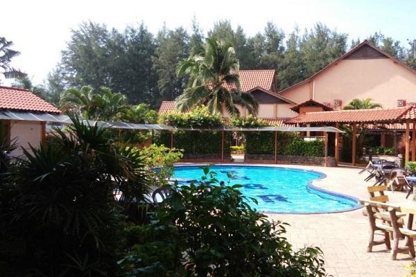 фотографии Batu Burok Beach Resort изображение №16