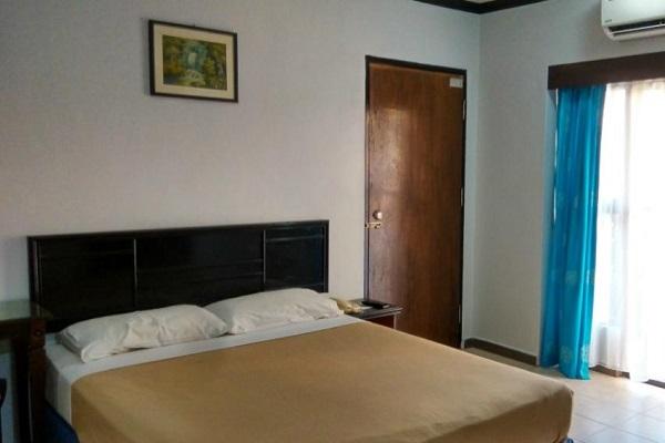 фотографии Batu Burok Beach Resort изображение №12