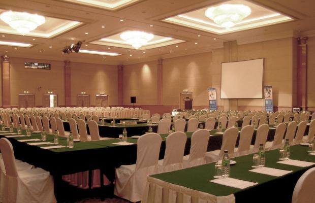 фото отеля Berjaya Waterfront Hotel (ех. Zon Regency) изображение №5