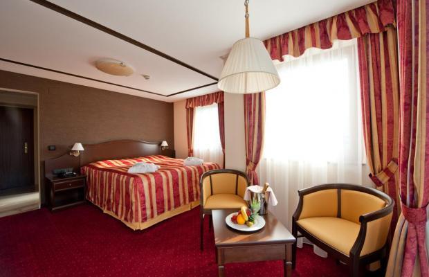 фотографии отеля Hotel Zur Burg изображение №15