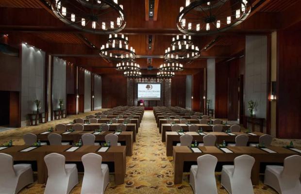 фото DoubleTree Resort by Hilton Hotel Hainan - Qixianling Hot Spring изображение №18