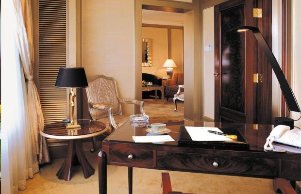 фотографии Hotel Kunlun изображение №24