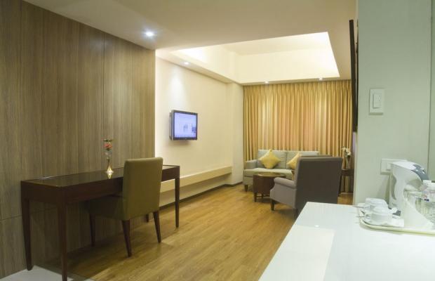 фотографии отеля Imperial Palace Suites изображение №7
