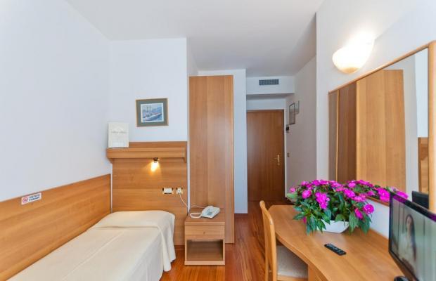 фото Hotel Italy изображение №18