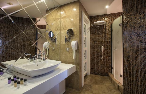 фото отеля Charisma De Luxe Hotel изображение №29