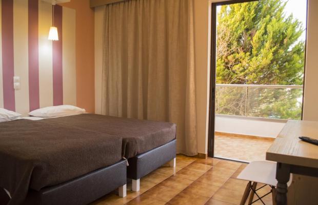 фотографии отеля Nireas Hotel изображение №7