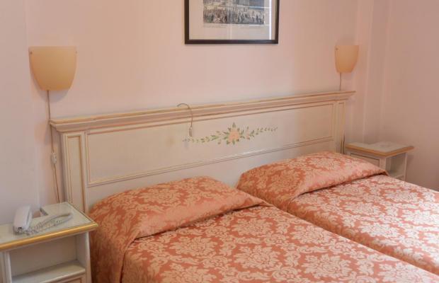 фото отеля Ambassador & Tre Rose изображение №9