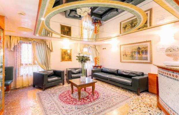 фотографии отеля Antica Casa Carettoni изображение №3