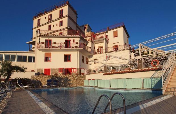 фото отеля Dania изображение №1