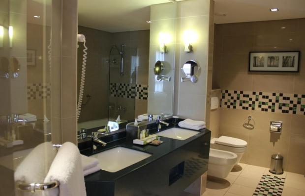 фото отеля DoubleTree by Hilton изображение №5