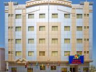 Royal Hotel, 3*